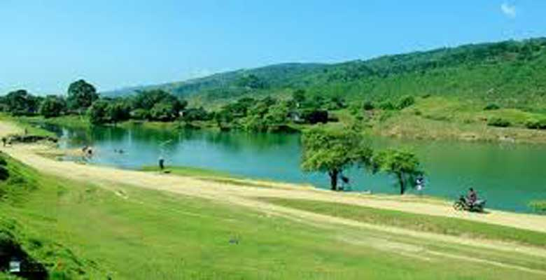 Beautiful Niladri Lake