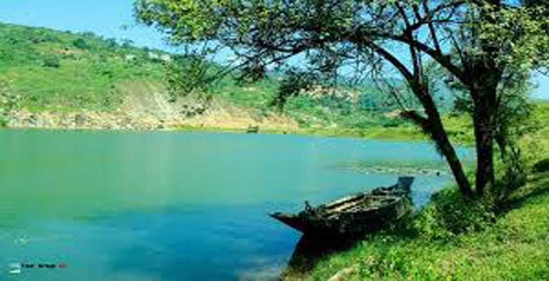 Blue Water of Niladri Lake